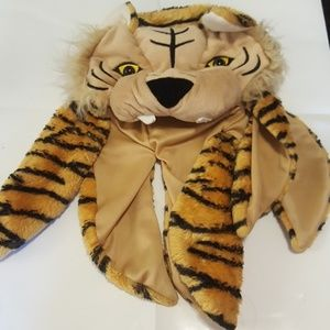 Youth tiger winter hat